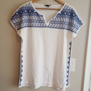 EUC Lands' End Embroidered Blue & White Tunic Top